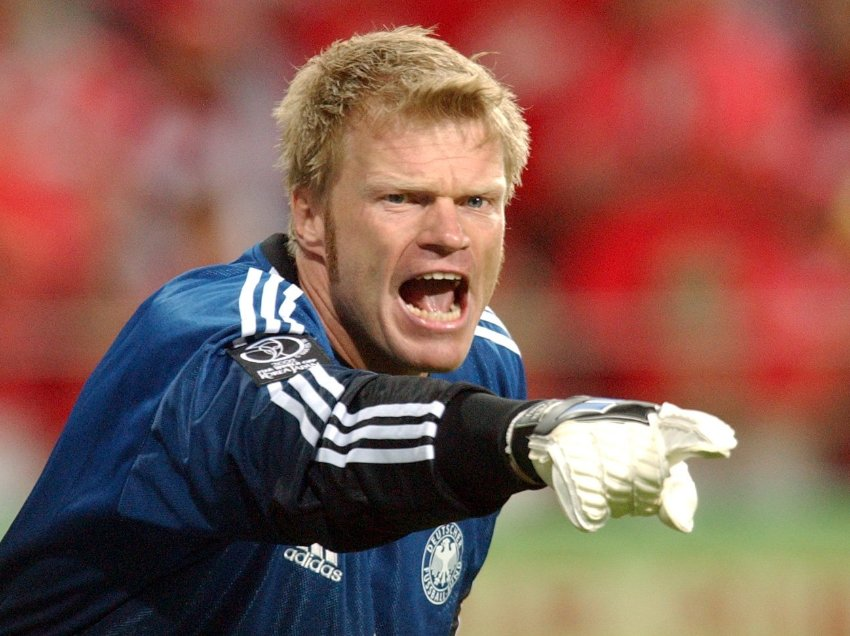Oliver Kahn earned a  million dollar salary, leaving the net worth at 100 million in 2017