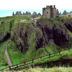 Dunnator-Castle-Scotland-Travel-Holiday
