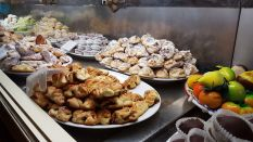 steffisays-sicily-erice-food-pastry-almond-mandorla-sweets-fruit